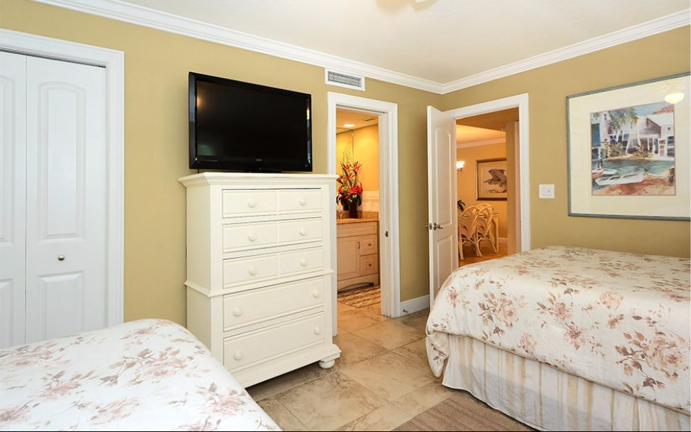 Guest Bedroom Area